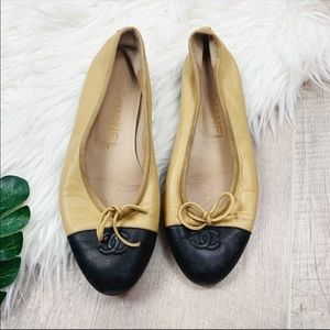 CHANEL Shoes - Chanel Vintage Tan Cap Toe Ballerina Flats 6.5